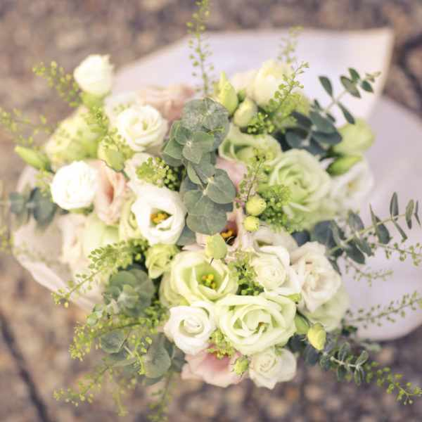 Flowers for a wedding,Wedding photography on the beach. Destination wedding photography. Wedding photographers,