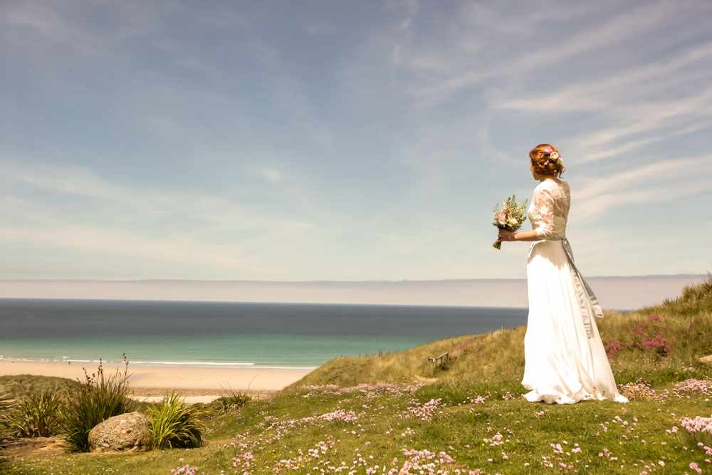 Elope-to-Cornwall-Wedding-Photographer--12