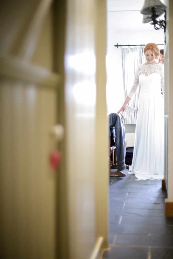 Elope-to-Cornwall-Wedding-Photographer--8