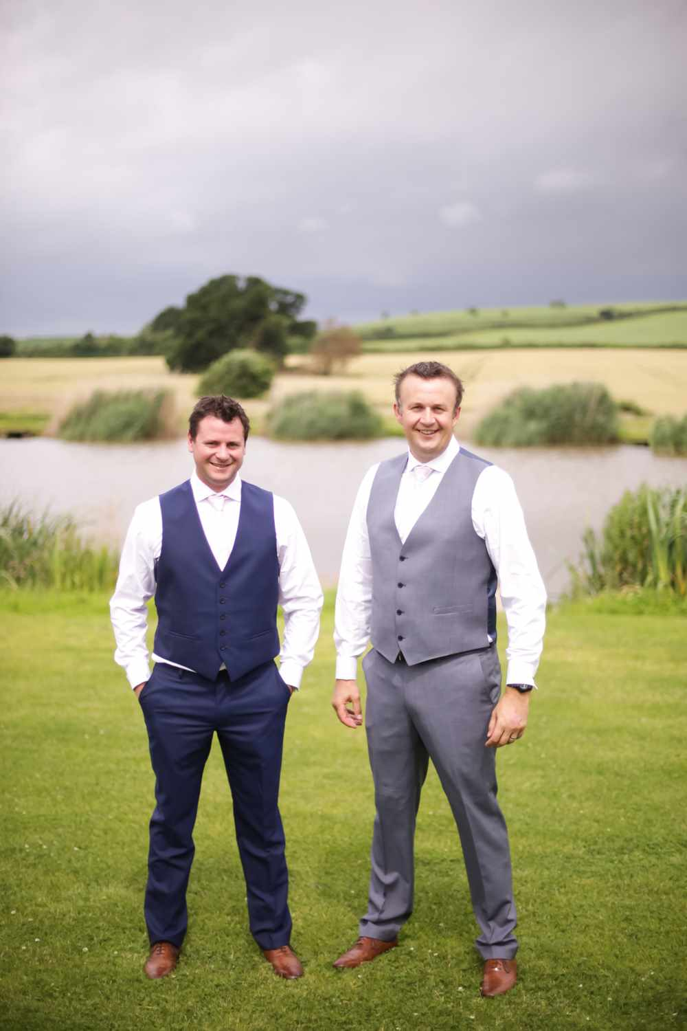 Somesret-wedding-photography-Quantock-lakes-thomas-frost-photography--17