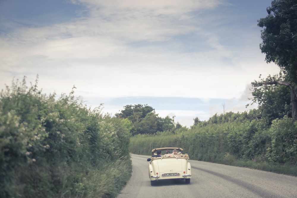 Somesret-wedding-photography-Quantock-lakes-thomas-frost-photography--52