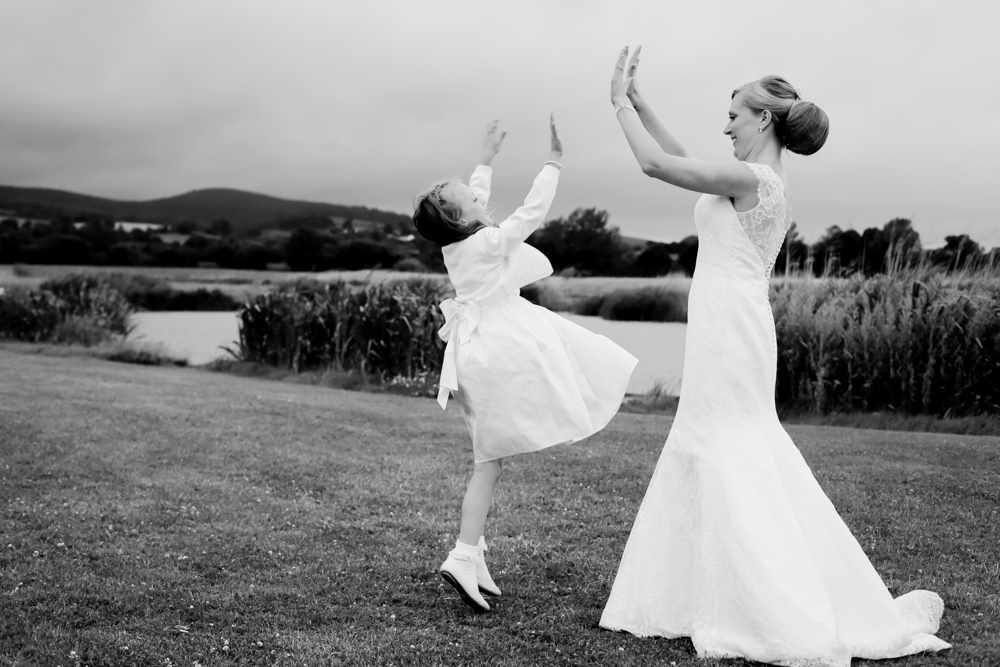 Somesret-wedding-photography-Quantock-lakes-thomas-frost-photography--91