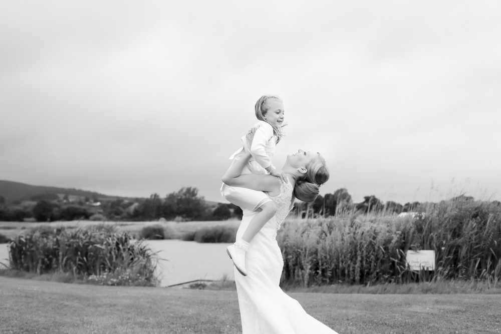 Somesret-wedding-photography-Quantock-lakes-thomas-frost-photography--92