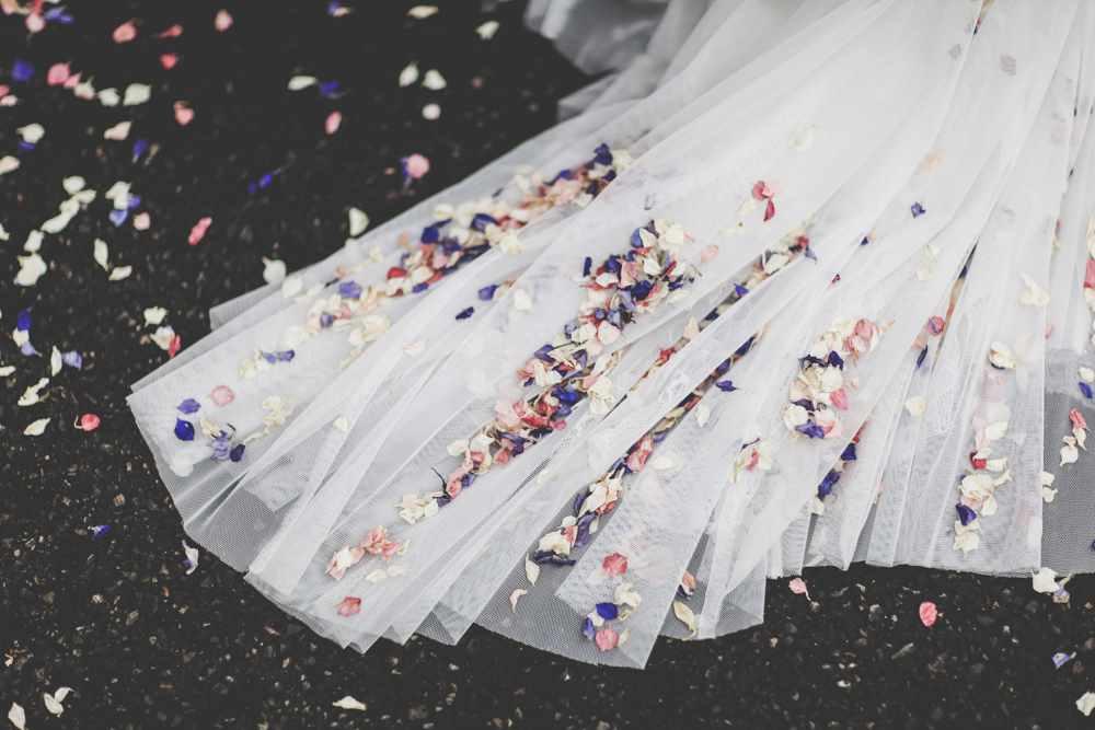 bath-wedding-photographer-castle-combe-thomas-frost-photography-39
