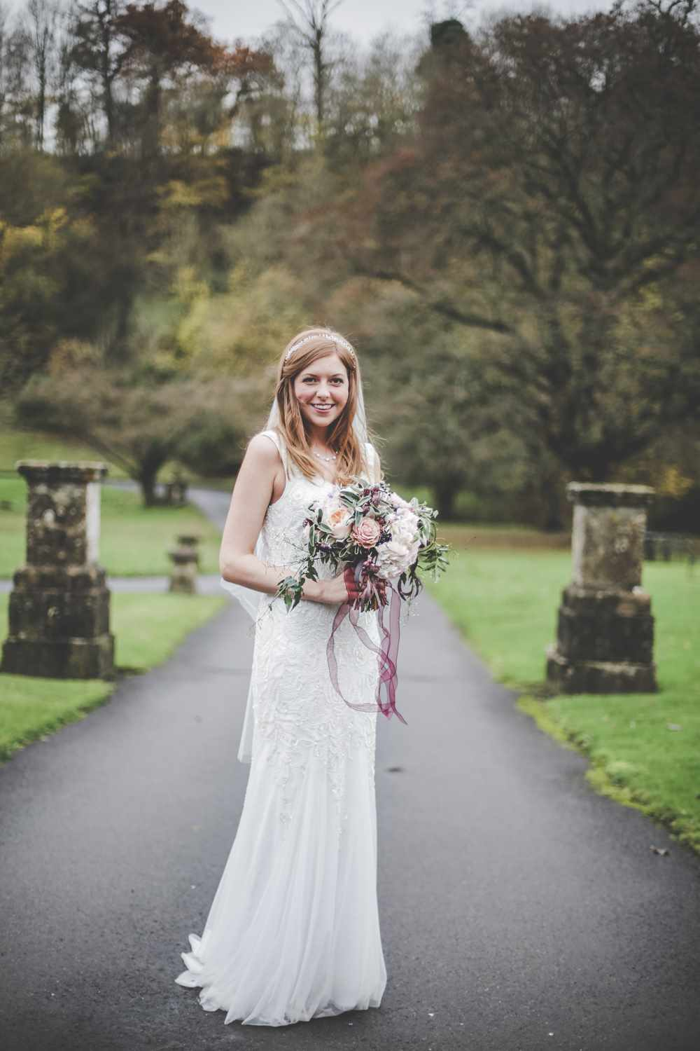 bath-wedding-photographer-castle-combe-thomas-frost-photography-41