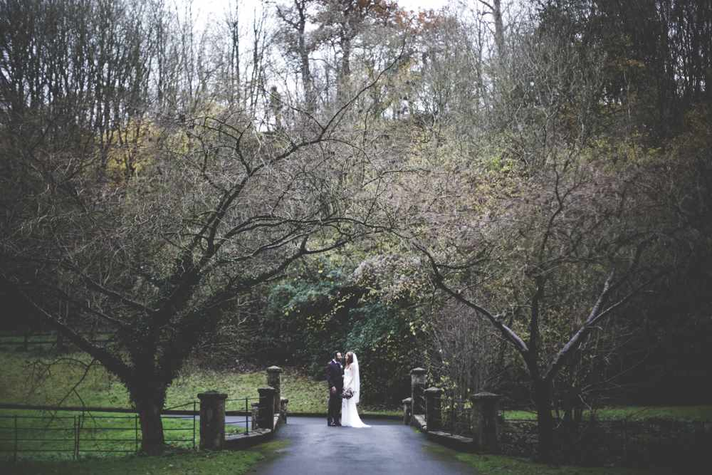bath-wedding-photographer-castle-combe-thomas-frost-photography-45