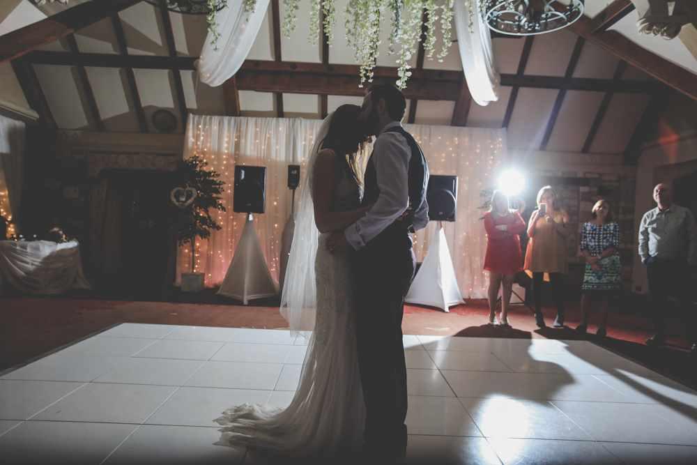 bath-wedding-photographer-castle-combe-thomas-frost-photography-70