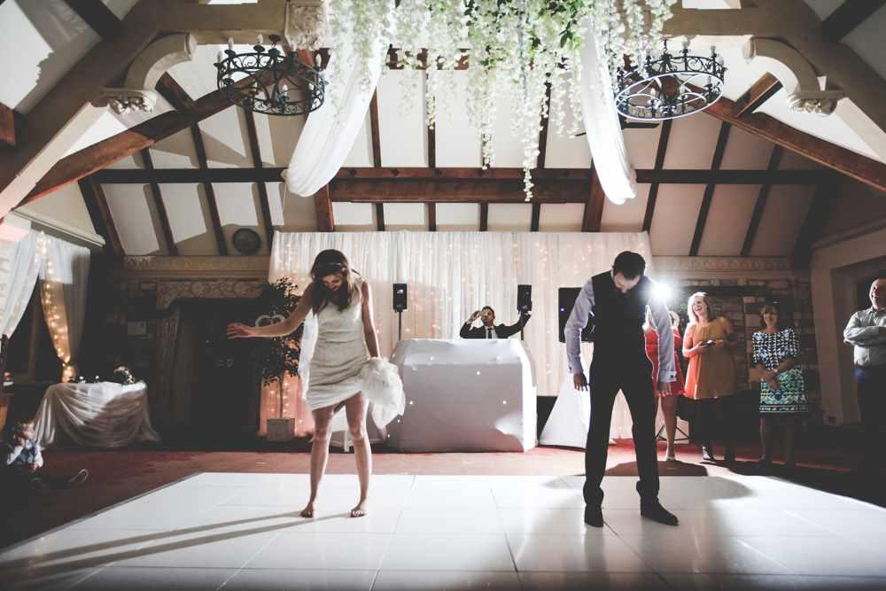 bath-wedding-photographer-castle-combe-thomas-frost-photography-72