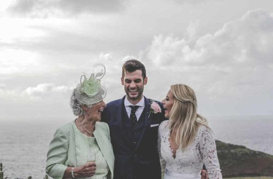 how to select your wedding photographer